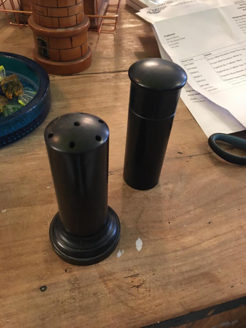 Bakelite Shakers