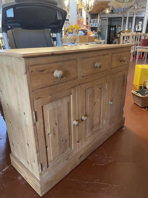 Pine 3 Drawer Sideboard