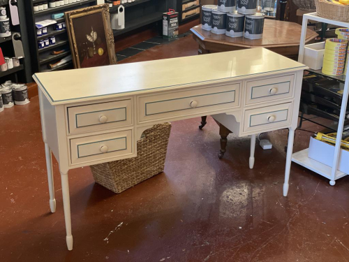 White and Green Dressing Table