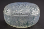 Rene Lalique opalescent coquilles box
