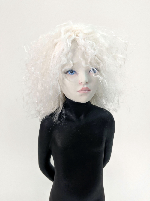 White hair diver