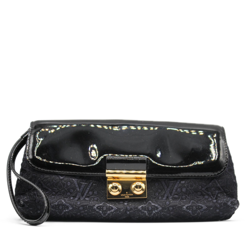 Louis Vuitton dentelle Clutch in patent leather