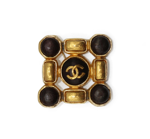 Chanel brown sphere with gold square