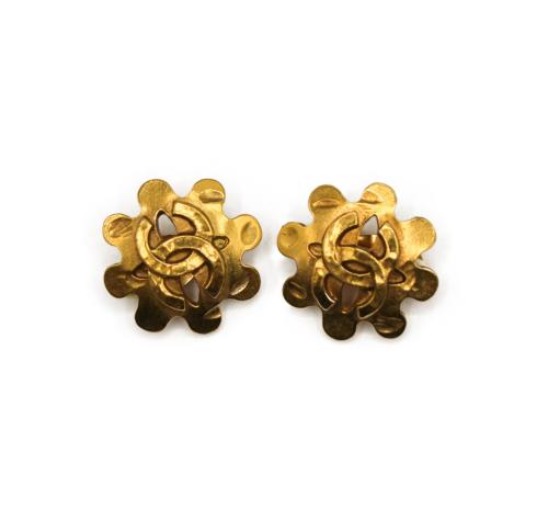 Chanel Vintage 90's flower  earrings