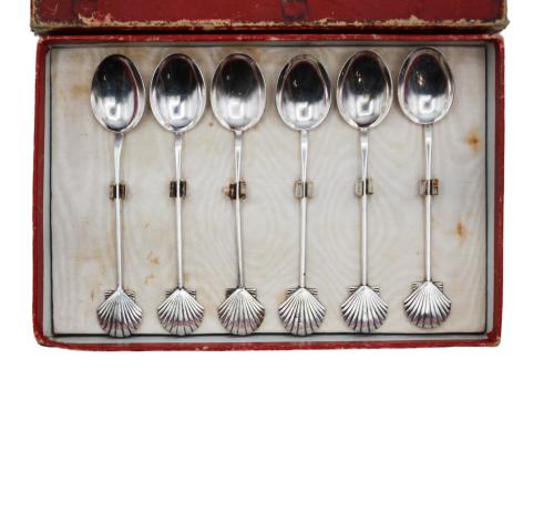 6 small Dior tea spoons