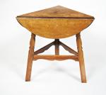 Arts and Crafts Circular drop leaf table