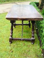 18th century Spanish walnut table
