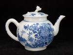 Chinese copy of a Worcester teapot